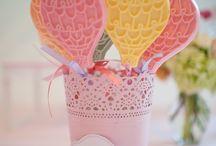 Ballons et Montgolfières / Idées et inspirations pour un anniversaire ou une baby shower sur le thème des ballons et des montgolfières !
