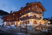 Hotel San Giovanni Livigno / Hotel San Giovanni is a three - star family-run, Alpine-style with warm and welcoming atmosphere.    Situated in the San Rocco area, at the start of the ski lifts of the ski CAROSELLO 3000, and 1.5 km from the pedestrian zone. The track pedestrian, bicycle and cross-country skiing are just a few meters from the hotel.