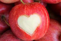 La pomme a du coeur