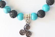 Bijoux énergétiques / Bijoux avec pierres, lithotherapie, géométrie sacrée, fleur de vie, arbre de vie, symboles, bijoux cosmiques.