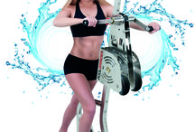 POOLBIKING POOLGRINDER / POOLBIKING presents POOLGRINDER at the Salon FACTORY GYM held on 29 and 30 May at IFEMA Madrid. POOLGRINDER is a new concept of water Fitness machine where the arms are worked in all its extension and muscle movement as well as shoulders and back.