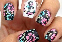 FlowerNails.......