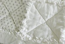 Quilts: Monochromatic / by Angie Davis