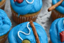 Cupcakes/treats / by Genna Ellison