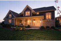 Serious about farmhouse! :-) / by Sarah Garner
