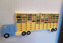 shelf truck hotwheels rack hot wheels trailer / полка грузовик для моделек, стеллаж для игрушек, хотвилс