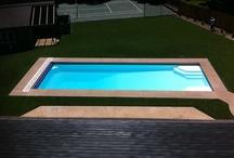 "Luxor Model by San Juan Fiberglass Pools / Luxor (128 photos)  Width 15' 11"" / 4.85M Length 44' 7"" / 13.59M Depth 6' 4"" / 1.93M Area 658ft2 / 61.1M2 Volume 19,000G / 71,900L"