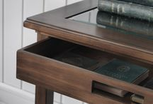 BRIDGEPORT / Inredning. Möbler. Matbord. Stolar. Decoration. Furniture. Dining tables. Chairs.