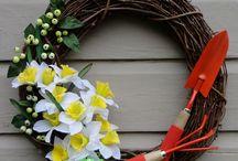 Wreaths / Door thingies / by Jacqui Rago
