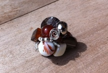 KANASU / KANASU nace de la mezcla entre la pasión por el diseño y el amor por las manualidades