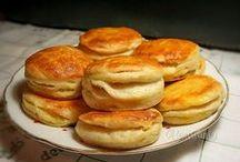 pečivo a slané lakocinky