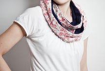 Motly- fairtrade/organic clothes,handmade prints!