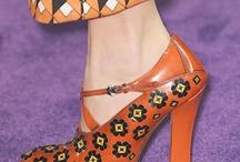 sapatos, shoes lover / Vários modelos de sapatos para você se inspirar! We love shoes!