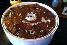 Canning and Dehydrating to Preserve Food / by Janice O'Brien