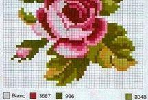 Схема роз / Схемы роз вышитых крестиком
