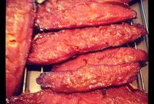 Little Chief Smoker / Different smoked items