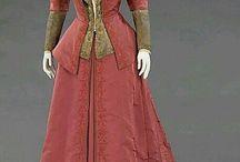 vestiti antichi