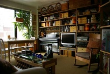 The Small Space / Ideas and solutions for living in a small space.  #apartment #nook