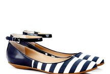 Shoes/Sandals / by Karen Tiffen