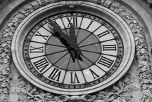 """Kau{fe}t Die Zeit Aus / No, I don't mean buy up all the clocks. """"Awake thou that sleepest, and arise from the dead, and Christ shall give thee light. See then that ye walk circumspectly, not as fools, but as wise, redeeming the time, because the days are evil"""" (Eph 5:14-16kjv). """"..making the most of your time, because the days are evil"""" (5:16nasb). """"..und kaufet die Zeit aus; denn es ist böse Zeit"""" (Deutsch). www.knowgod.org"""
