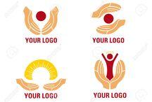 Руки на лого с животными как устаревший элемент