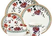 Teller & Co. - Porzellan // Porcelain