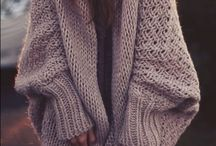 Oversized sweater / Oversized sweater