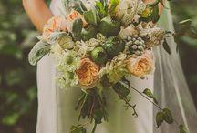 Poppy Seed Pod Wedding Flowers