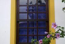 Janelas da vida, portadas da alma / Álbum autoral, com imagens de janelas e portadas que fotografo por aí.