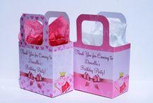 Personalised Party Bags / Personalised Party Bags - peppa pig, shopkins, in the night garden, frozen, my little pony, etc