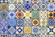 Azulejo / A board showing the achievements of the art of azulejo.