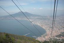 TREKKING PASQUETTA MONTEFAITO / L'Associazione Culturale Tecla, nell'ambito della sua campagna di autofinanziamento, è lieta d'invitarvi ad un trekking che avrà luogo lungo i sentieri del Monte Faito. In pochi minuti, viaggiando nella spettacolare funivia, avremo l'occasione di passare dalla calda e salata aria di mare alla fresca e dolce aria di montagna. Potremo osservare il Vesuvio e i panorami mozzafiato dei Golfi di Napoli e Salerno dalla cima più alta della provincia
