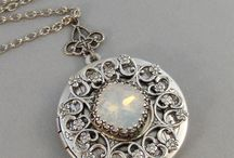 Antique Jewelry / All antique Jewellery is lovely.