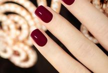 Nails - Red