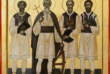 Sfintii Români