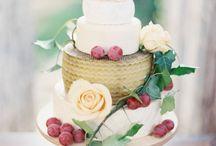 Cake / by Kyra Rookard