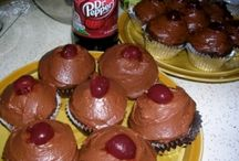 Cupcakes n Cakes / by Lori
