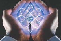 La energía nuclear en la medicina / Párrafo textual de los NAP que me parece relevante para este contenido: Esto supone el análisis de los procesos físicos sobre los que se basa el funcionamiento de dispositivos tecnológicos respaldados en esas teorías (por ejemplo: tomógrafos computados o reactores  nucleares).