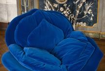 Blauwe stoel -bloem vorm   Comfortabel