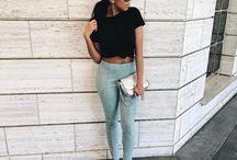 SimplyShantel   Insta / Toronto + Chicago based blog, SimplyShantel is  sharing her personal style, travel inspiration, and beauty picks on Instagram.