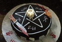 Fandom Cakes!