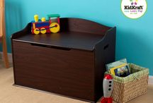 Kid's Room Decor / Kids pieces of furniture or decor which you find in our store. Amongst some collections from Teamson furniture and Kidkraft Collections