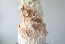 Torn paper effect cakes