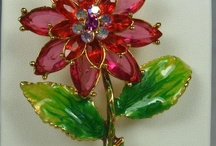 Brooch ~ SMALL FLOWER  Cute