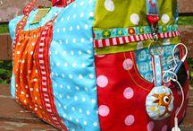 Baumwoll-Klassiker Nähideen - Sew with a fine cotton sateen / Die Umsetzungmöglichkeiten, Anleitungen, Schnitte mit ordentlichen Baumwoll Stoffen, die man bei www.Stoff-Schmie.de selbst bedrucken kann, sind unendlich. Sew, what you love with a fine cotton sateen.