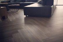 MoreFloors PVC visgraat vloer Prinsenbeek / Binnenkijken bij een klant met een prachtige Pvc visgraat vloer geïnstalleerd met band.  @morefloorsbreda #morefloors #more #floors #binnenkijken #vtwonen #theartofliving #style #pvc #vinyl #morefollowers #vtwonenbijmijthuis #luxe