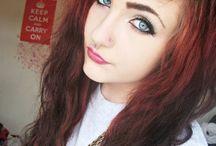 Pretty people/hair stuff