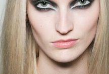 Makeup/Dressup