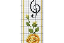 X-stitch / bookmark