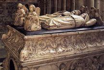 Royal tombs in Renaissance